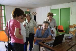 acces-multimedia équipes de reporters de quartier